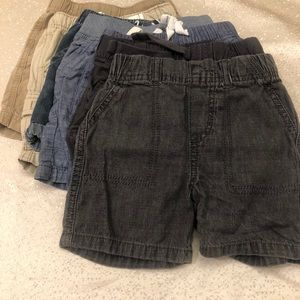 6 pairs of toddler boys 2T shorts